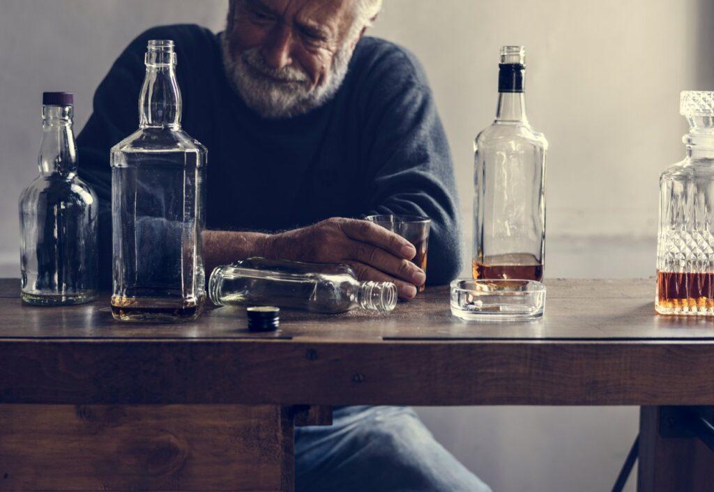 Alcoolisme - Symptômes - traitement - diagnostic - causes